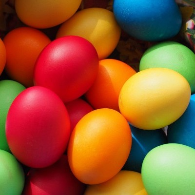 Come decorare le uova di Pasqua con i Bimbi