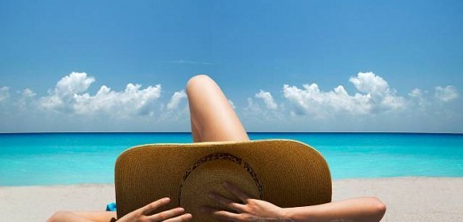 """""""Prendere"""" il sole in maniera corretta: 11 consigli utili per non scottarsi"""